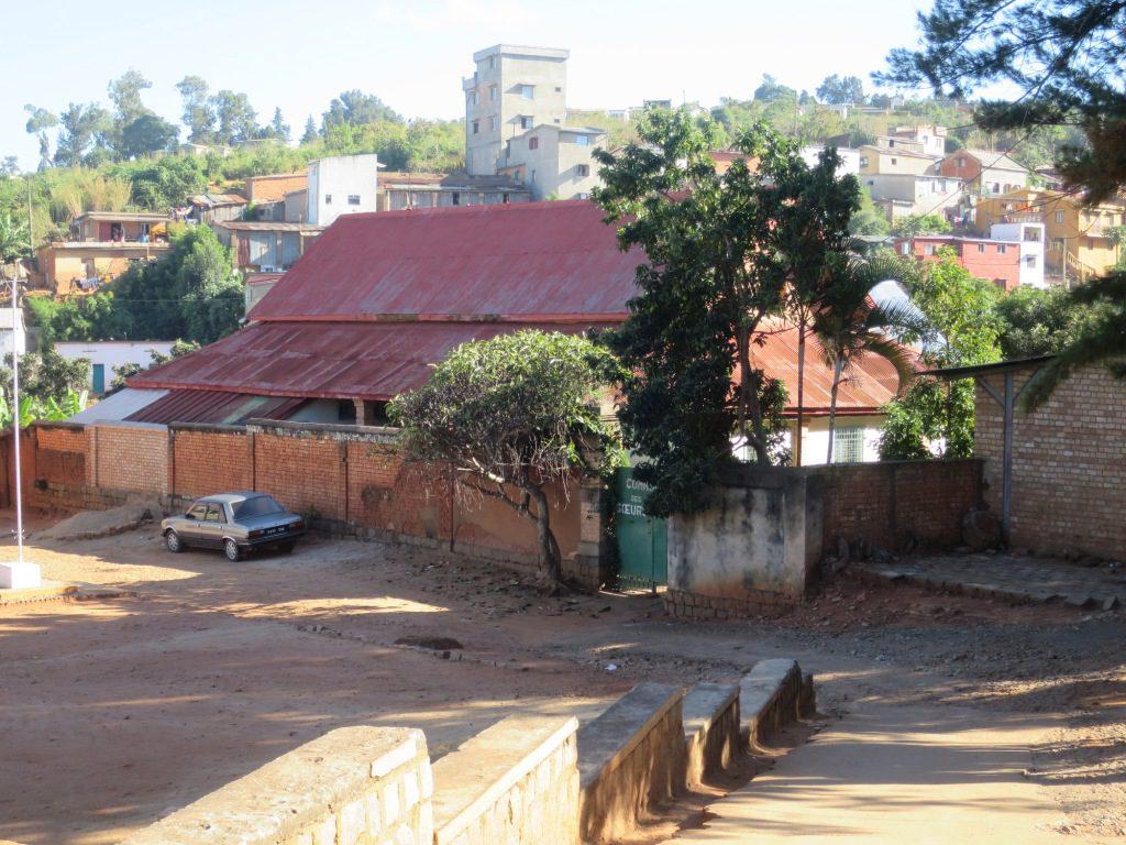 Maison des soeurs - Vue de la rue - Tana - Soavinandriana