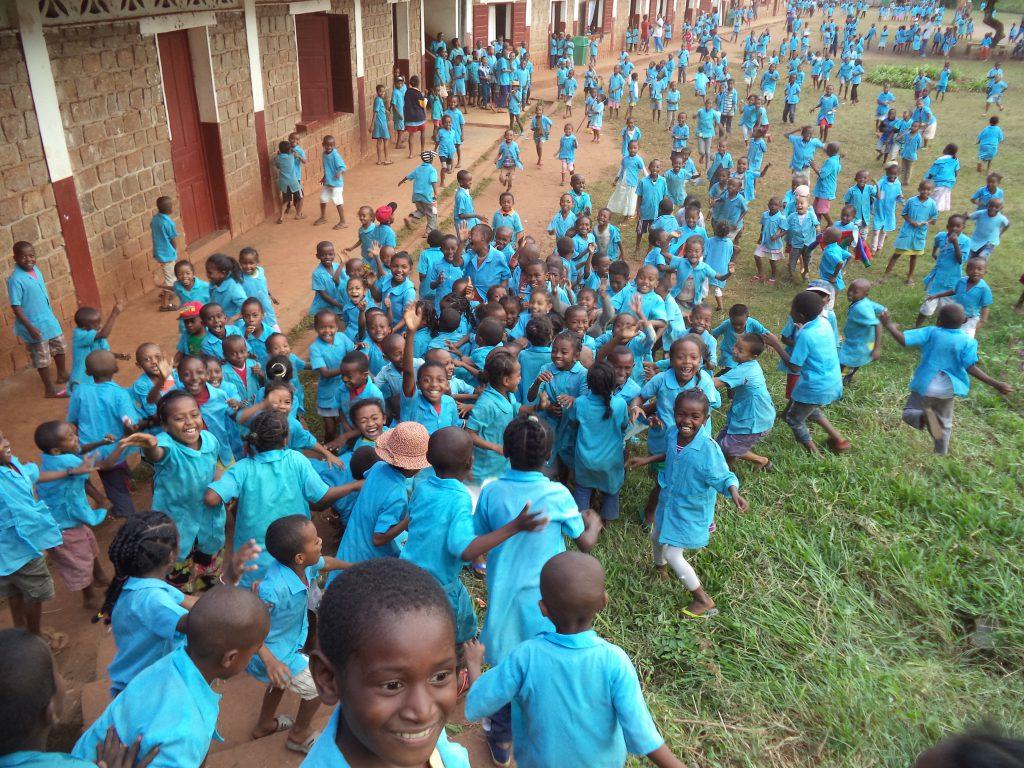 la joie des élèves - Vangaindrano
