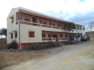 Manamby - la maison des Soeurs et l'école