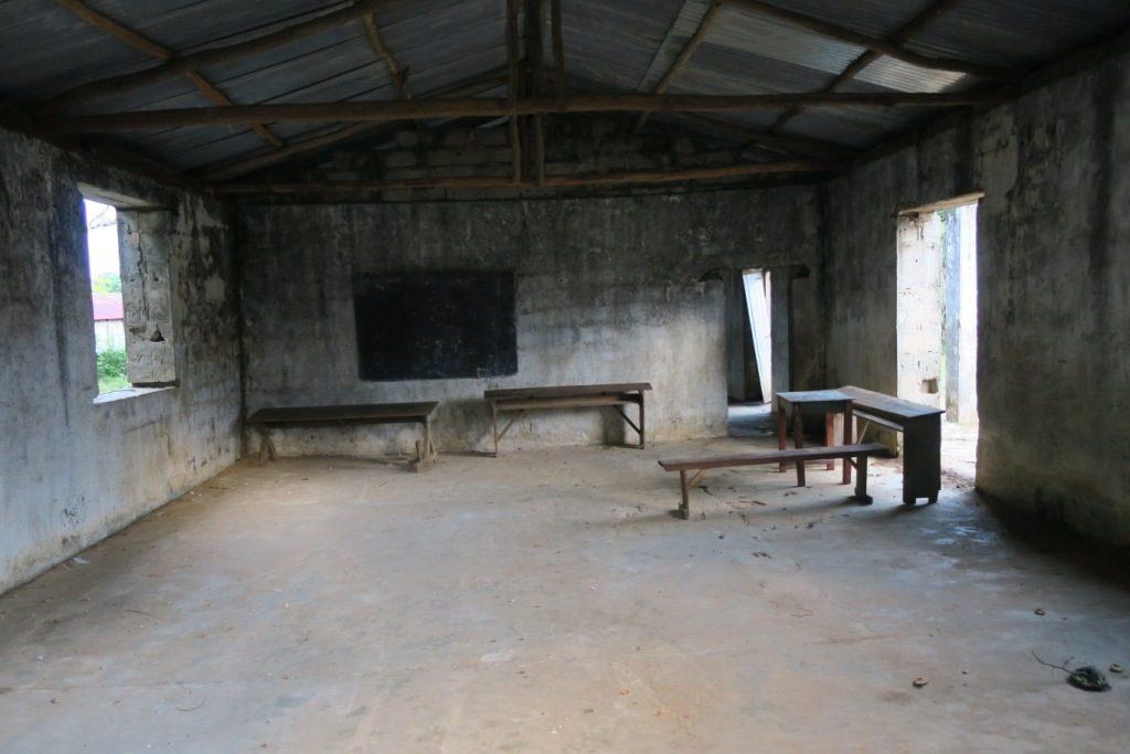 Manantenina-l'école publique