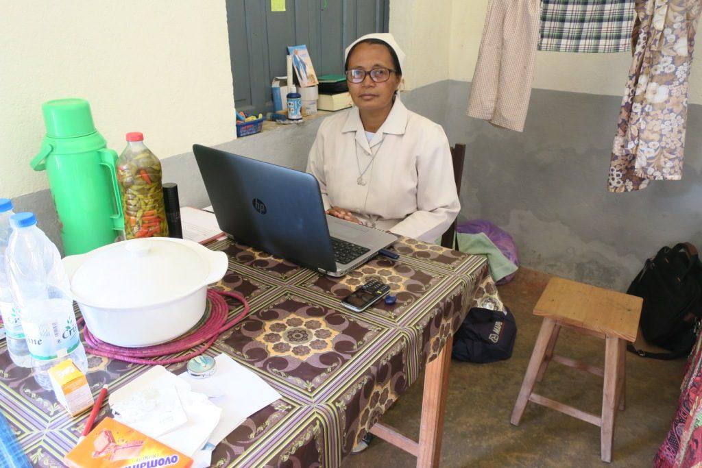 Mananjary-Sr Irma-responsable de la Communauté de Mahavoky.