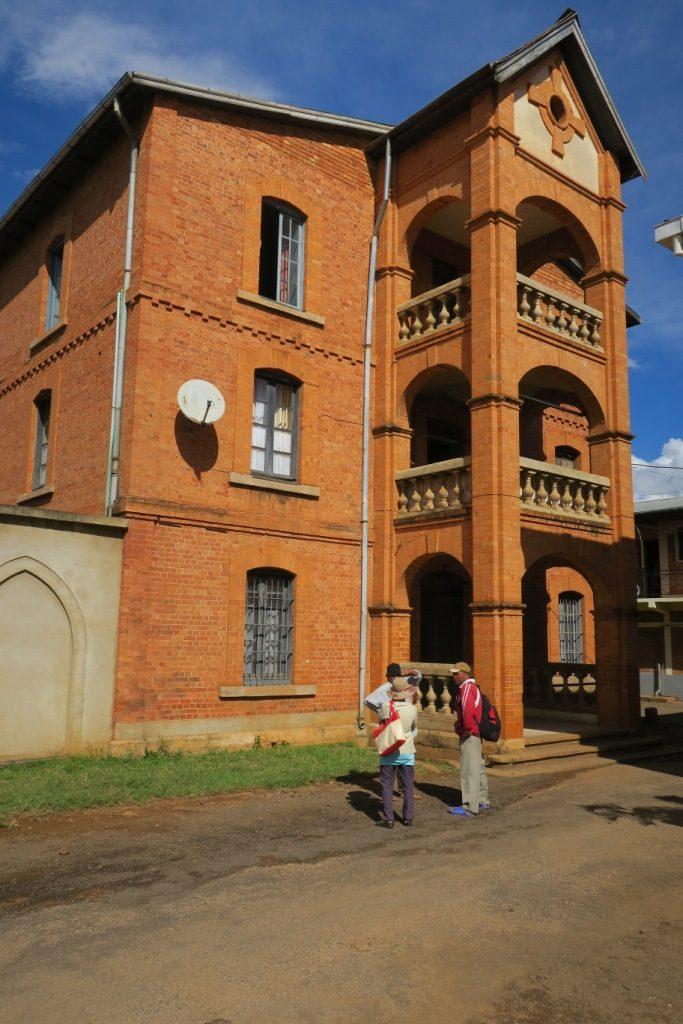 Antsirabe-viel édifice en briques rouges