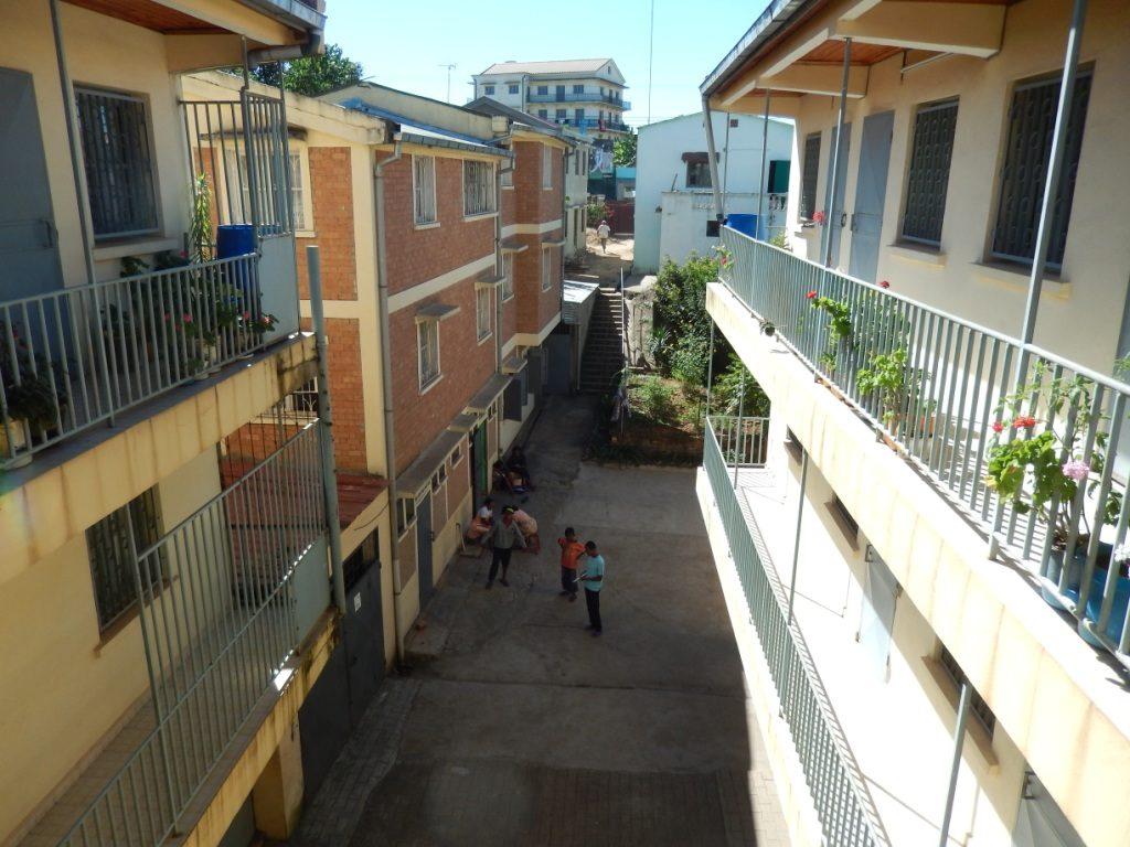 andoharanofotsy-tana-centre avec internat maison rouge